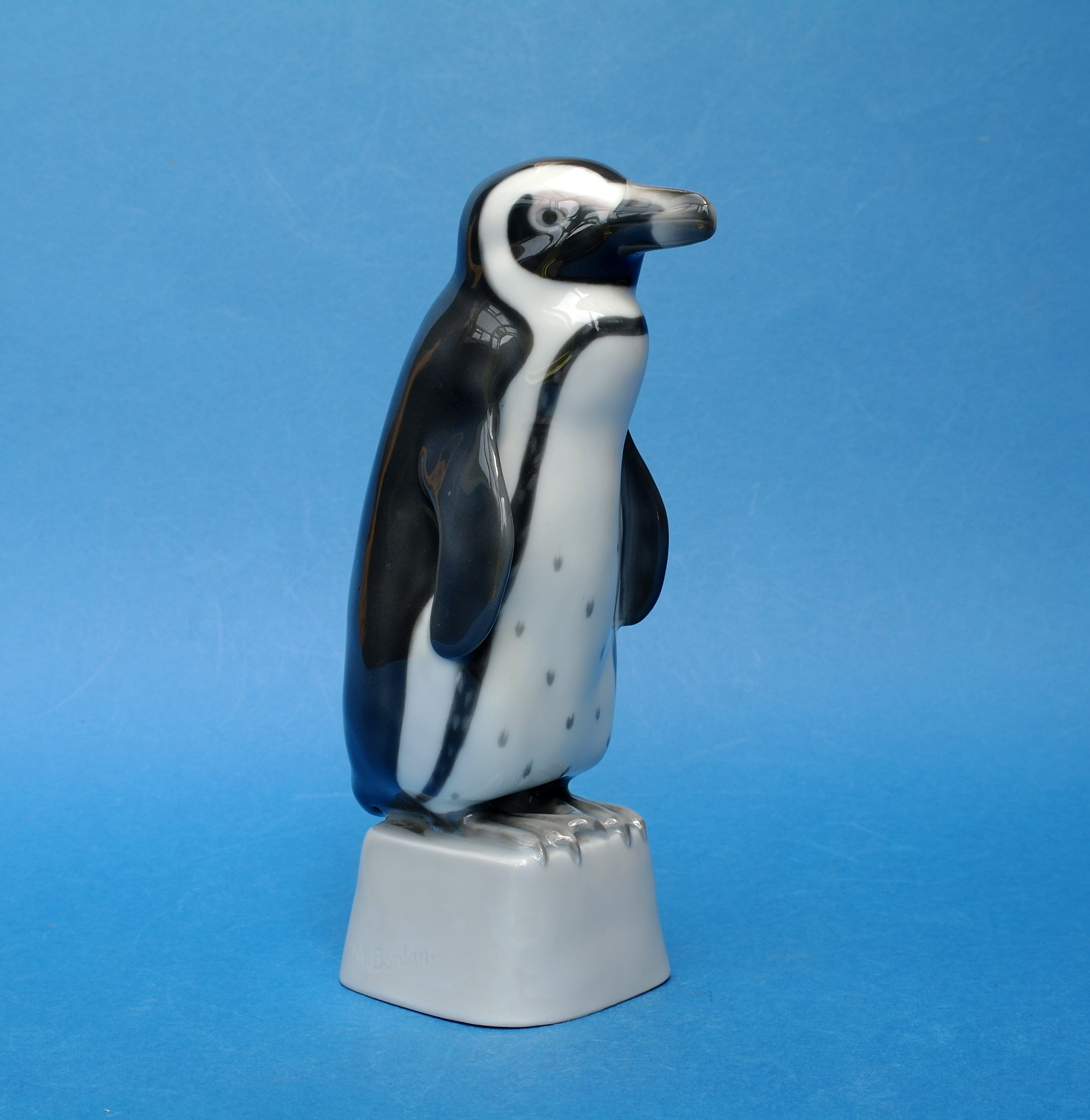 Heubach Penguin